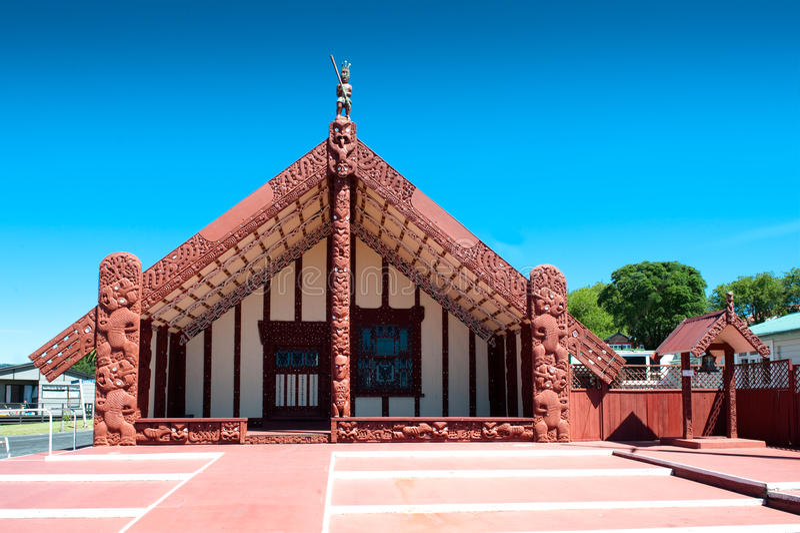 Wharenui maorí, Ohinemutu, Rotorua foto de archivo libre de regalías