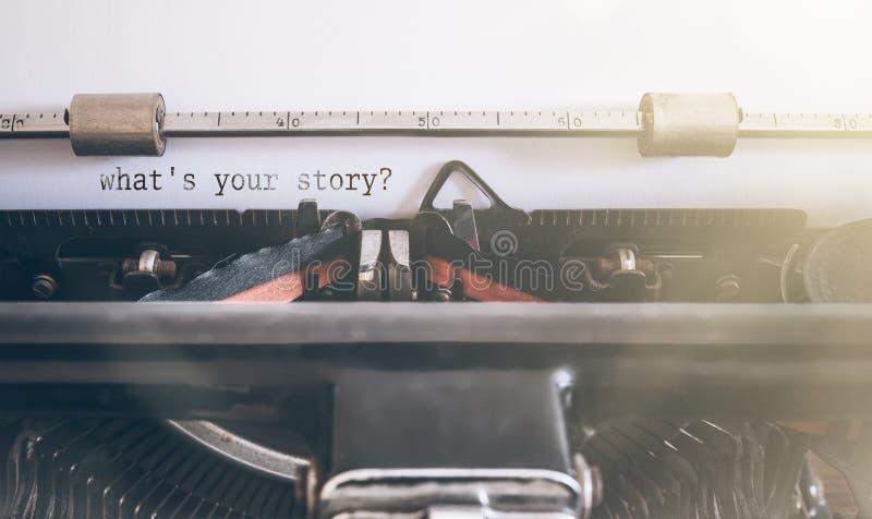 What's votre histoire ? Écrit sur la machine à écrire de manuel de vintage photographie stock libre de droits