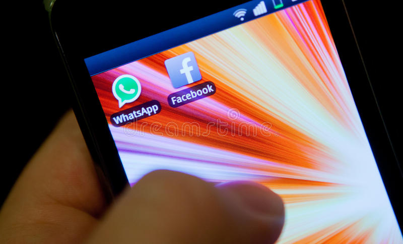 WhatsApp en Facebook royalty-vrije stock foto