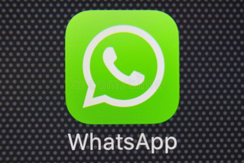 how to download whatsapp on iphone without apple id