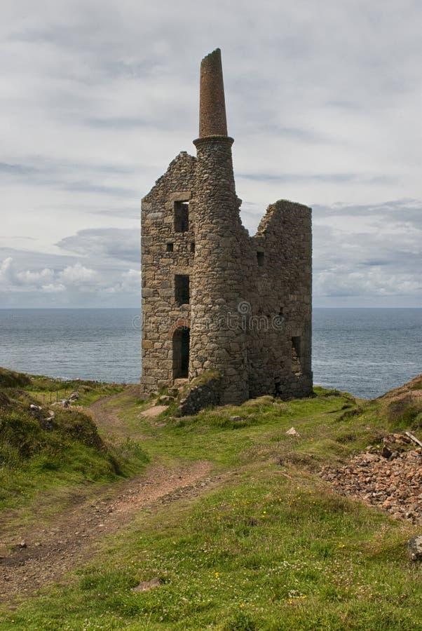 Wheal majestoso Edward na costa norte de Cornualha imagens de stock royalty free