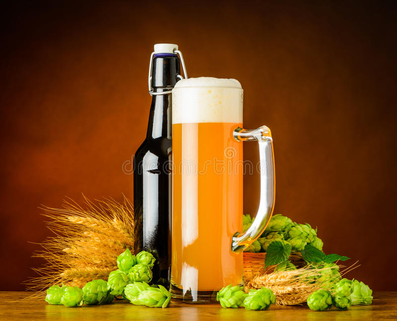 Wheat Beer and Brewing Ingredients royalty free stock photos