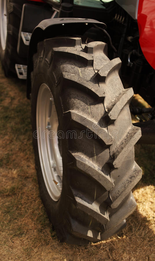 Download Wheel Of Tractor Stock Image - Image: 26585861
