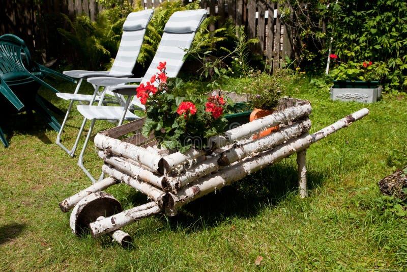 Wheelbarrow fotos de stock
