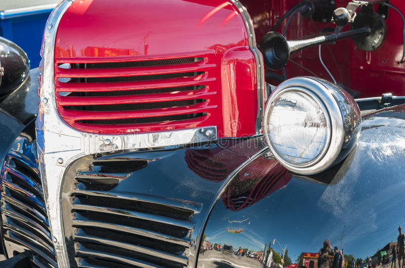Download Wheels On Wyandoote Classic Pick-up Truck Stock Image - Image: 33839703