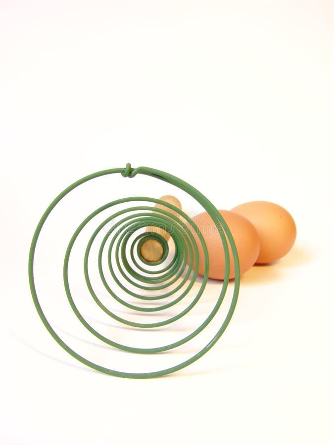 Whisk para ovos de mistura fotografia de stock