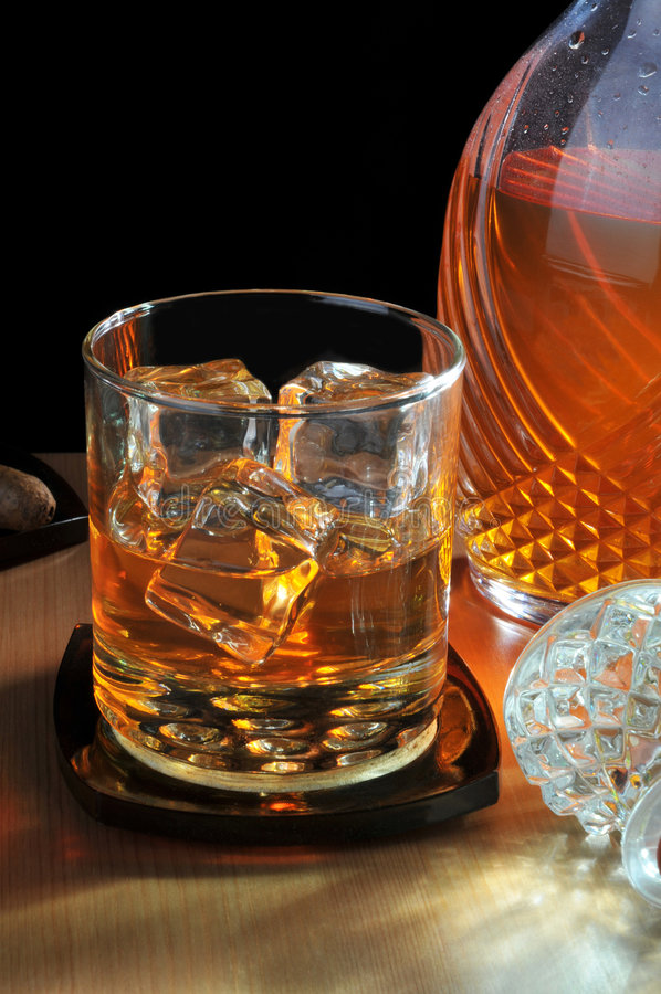 Free Whiskey And Decanter Stock Photography - 7605632