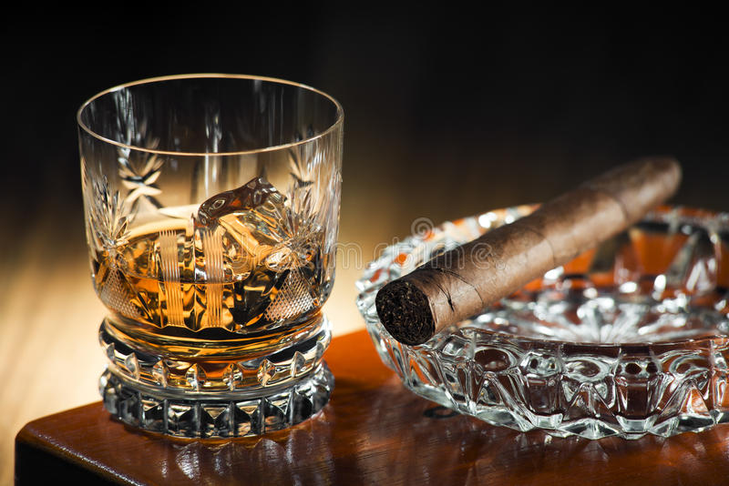 Download Whiskey and cigar stock image. Image of gold, brandy - 30628381