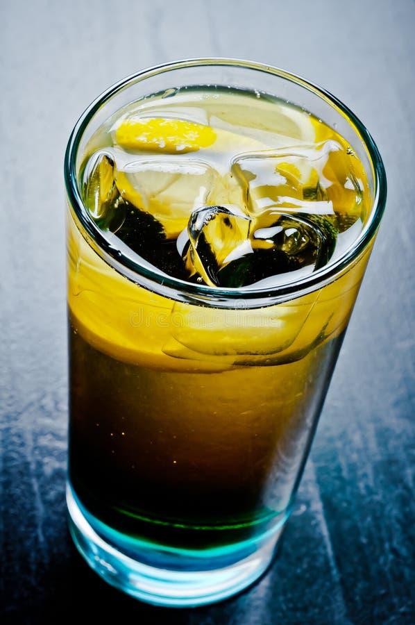 Whiskey et coke froids image stock