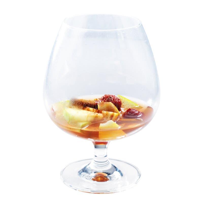 Whiskey scozzese di lusso con il lampone, le mele e la cannella fotografia stock libera da diritti