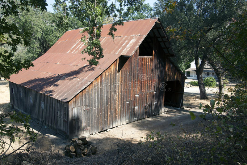 Download Whiskeytown Camden House Horse Barn Stock Photo - Image of horse, house: 45021916