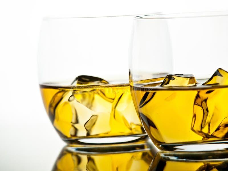 Download Whisky imagen de archivo. Imagen de bebida, rocas, blanco - 42441719