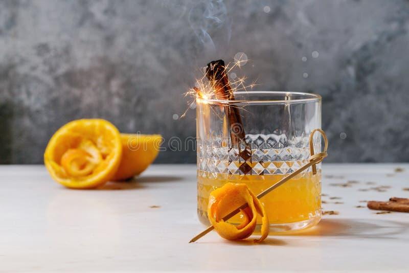 Whisky oranje Cocktail royalty-vrije stock afbeeldingen