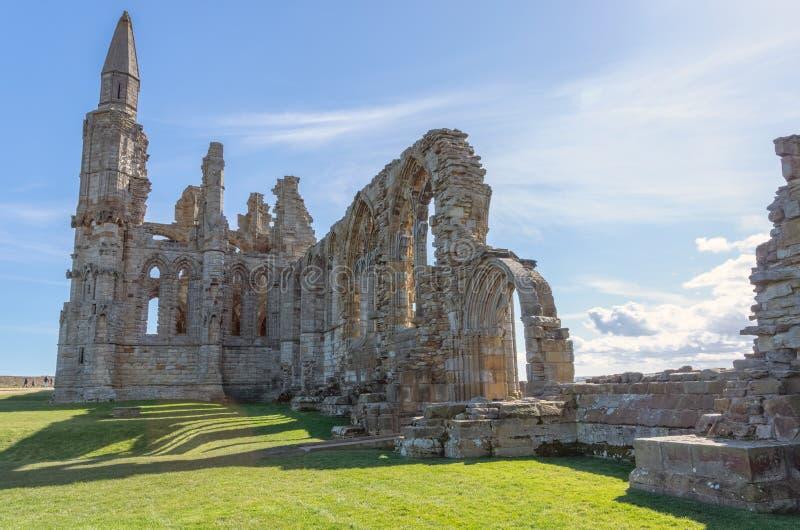 Whitby Abbey, monastero antico in Whitby, Inghilterra immagini stock