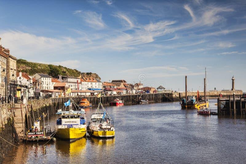 Whitby Harbour North Yorkshire Großbritannien lizenzfreie stockbilder