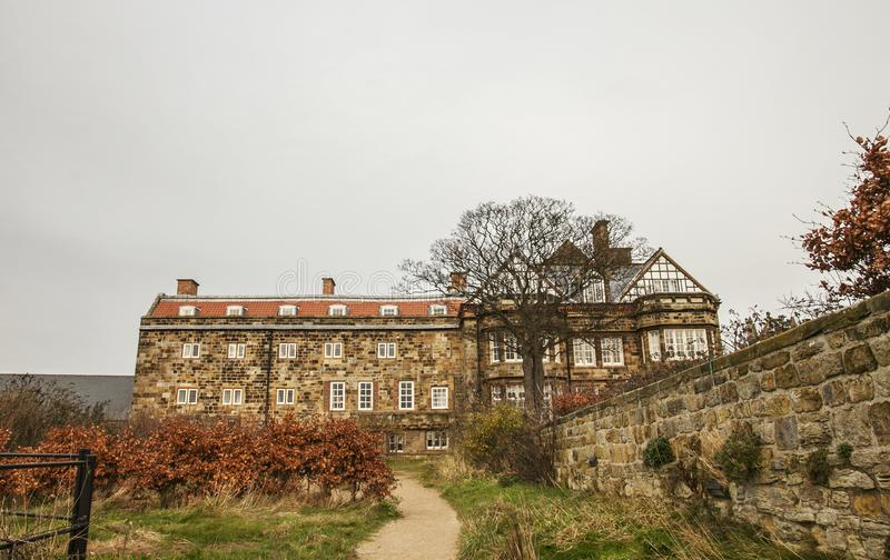 Whitby, Yorkshire, England - ein Landhaus stockfotografie