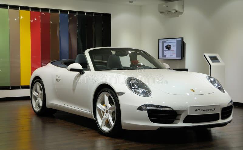 White 911 Carrera S Porsche royaltyfri bild