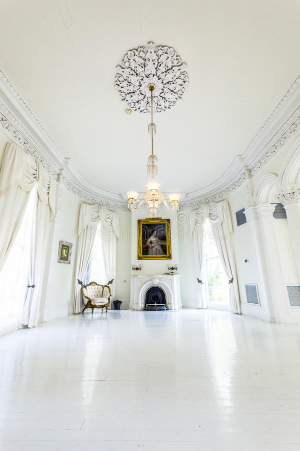 White ballroom in nottoway plantation house editorial for Mansion floor plans with ballroom