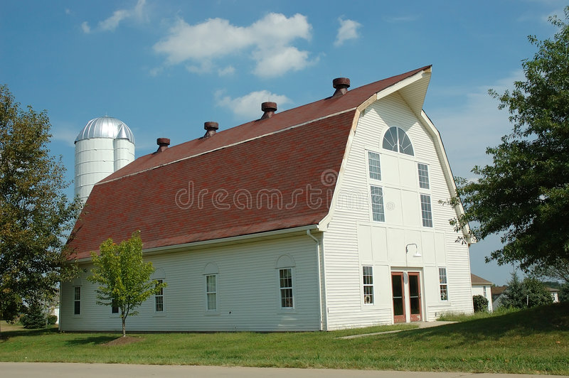 White Barn on a Summer Afternoon royalty free stock images