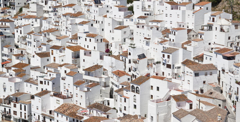 White And Brown Concrete Houses During Daytime Free Public Domain Cc0 Image