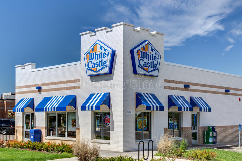 White Castle Restaurant. BLOOMINGTON, MN/USA - JUNE 21, 2014: White Castle restuarant exterior. White Castle is a fast food restaurant chain and generally royalty free stock photography