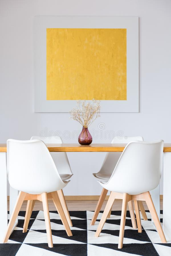 Free White Chairs In Dining Room Stock Photo - 104930420