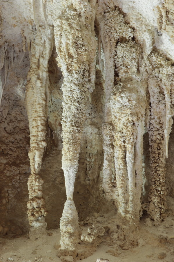 Free White Columns Royalty Free Stock Photos - 4852718