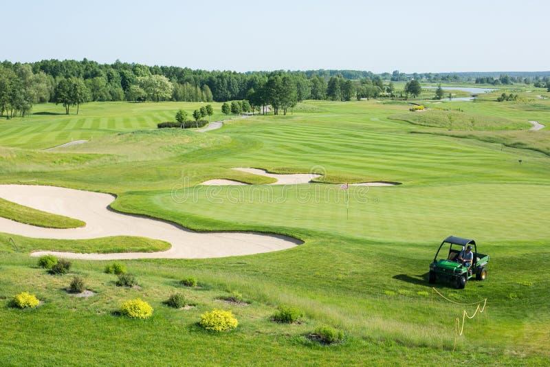 white för golf för bakgrundsbil klassisk färgrik royaltyfri foto