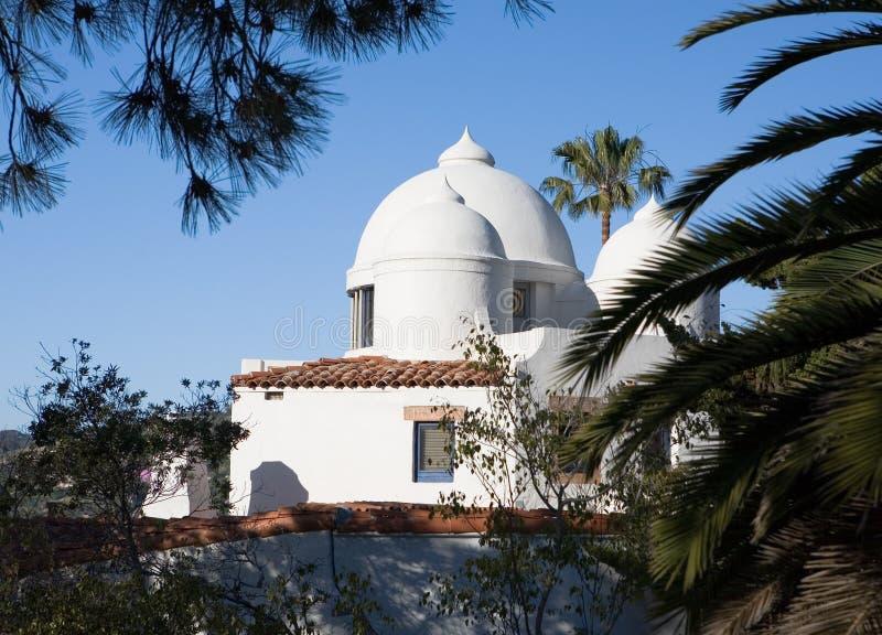 white för kupolhustak fotografering för bildbyråer