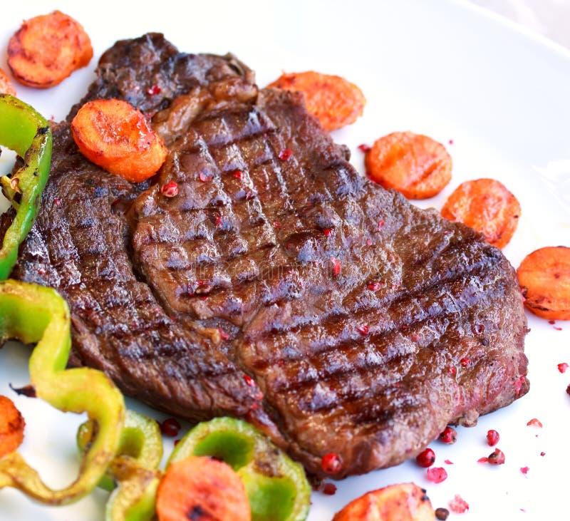 white för steak för ögonplattastöd royaltyfri bild