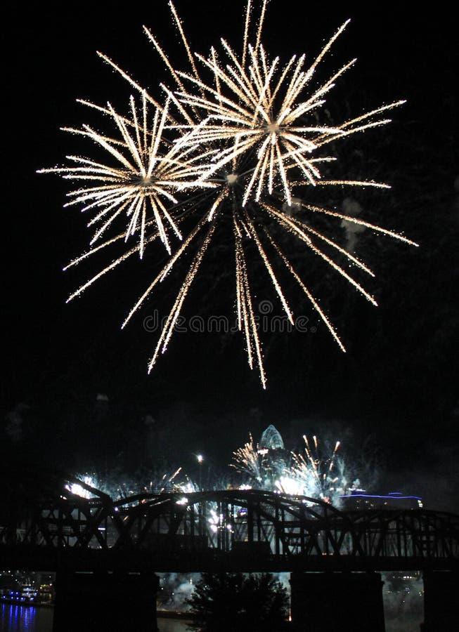 Free White Fireworks Burst Over The Cincinnati Skyline Stock Photography - 44191492