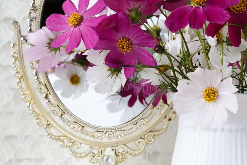 White flower bouquet in ceramic vase. Wedding decoration. royalty free stock photos