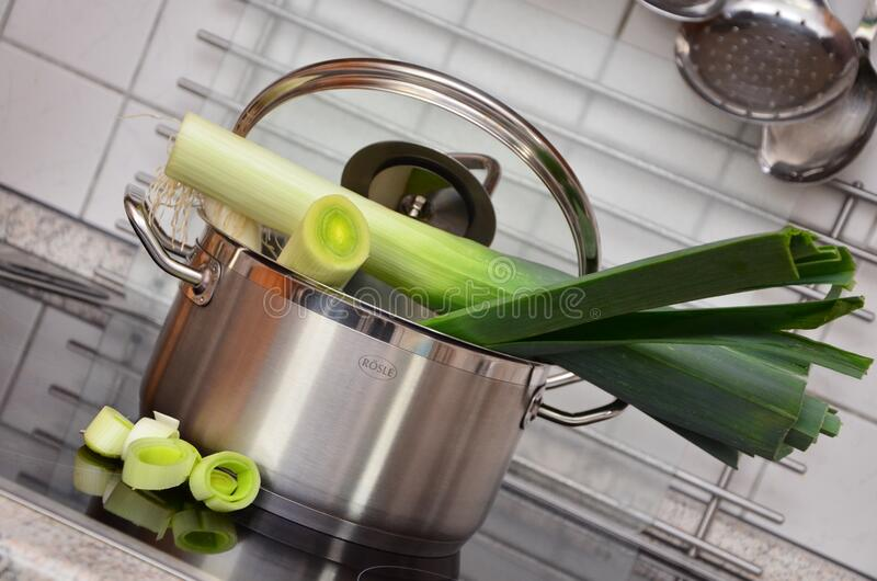 White And Green Vegetable On Top Of Stainless Steel Cooking Pot Free Public Domain Cc0 Image