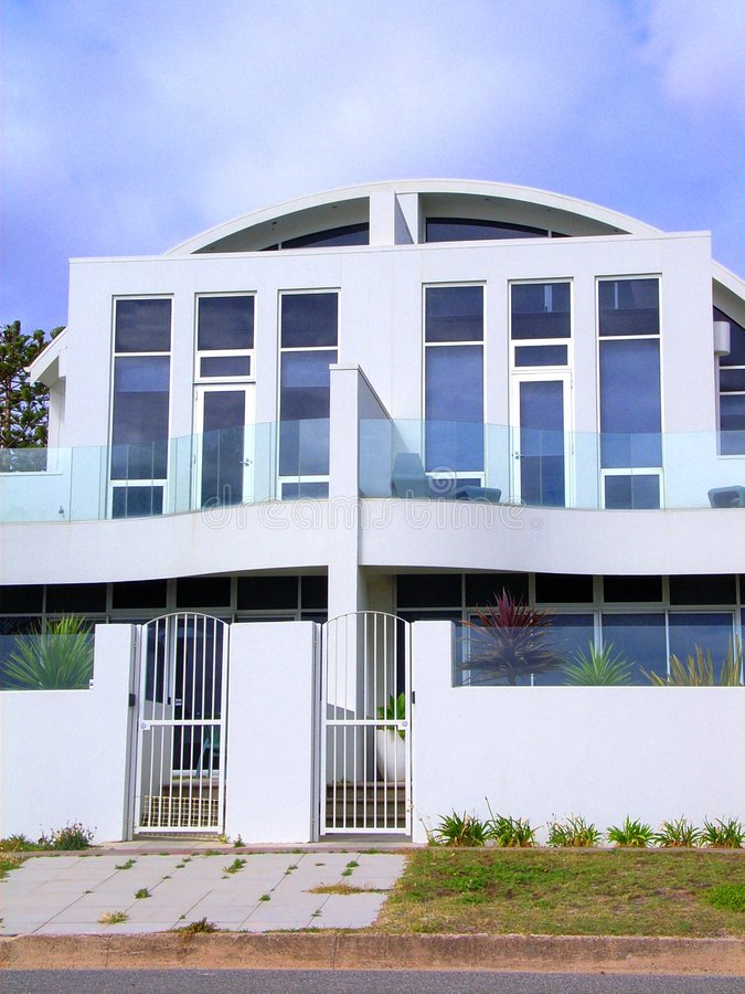 Free White Henley Beach House 3 Royalty Free Stock Images - 3637569
