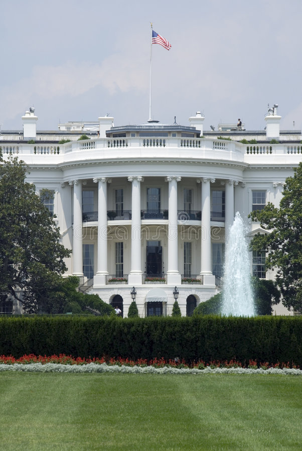 Download The White House stock image. Image of lawn, fountain, executive - 3247823