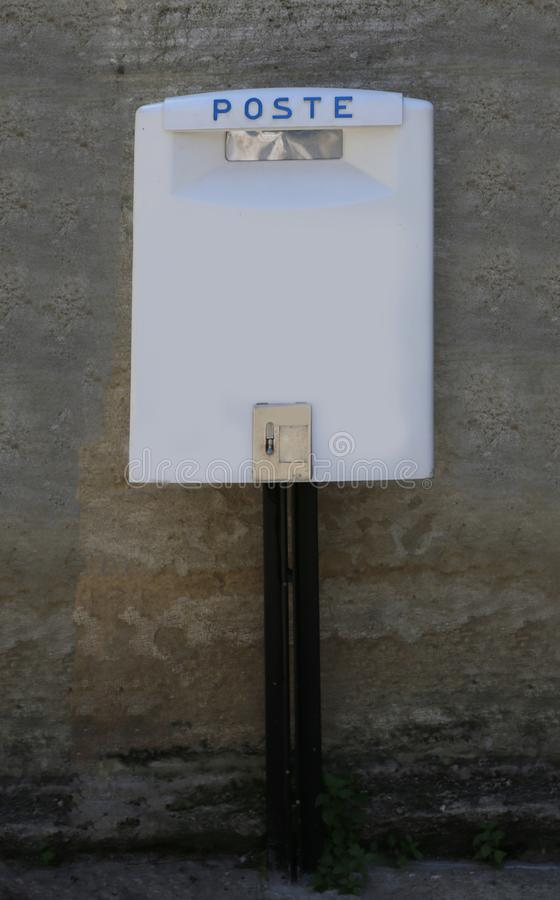 Free White Mailbox Of A Postal Service In The European City Royalty Free Stock Photography - 147515137