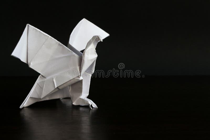 Money Origami Eagle - Dollar Bill Art - YouTube | Origami bird, Origami  eagle, Origami tutorial easy | 533x800
