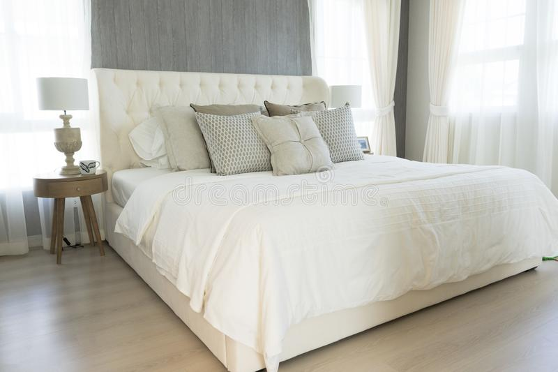extraordinary country style bedroom white | White Pillows Setting On English Country Style Bedroom ...