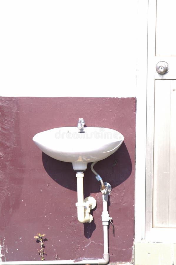 White Porcelain Sink Free Public Domain Cc0 Image