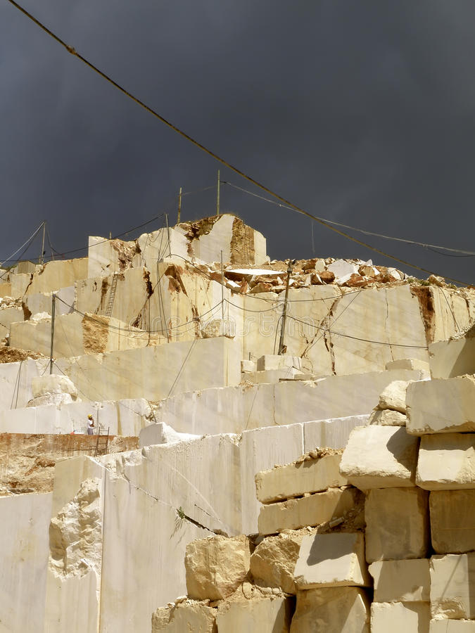 White quarry marble