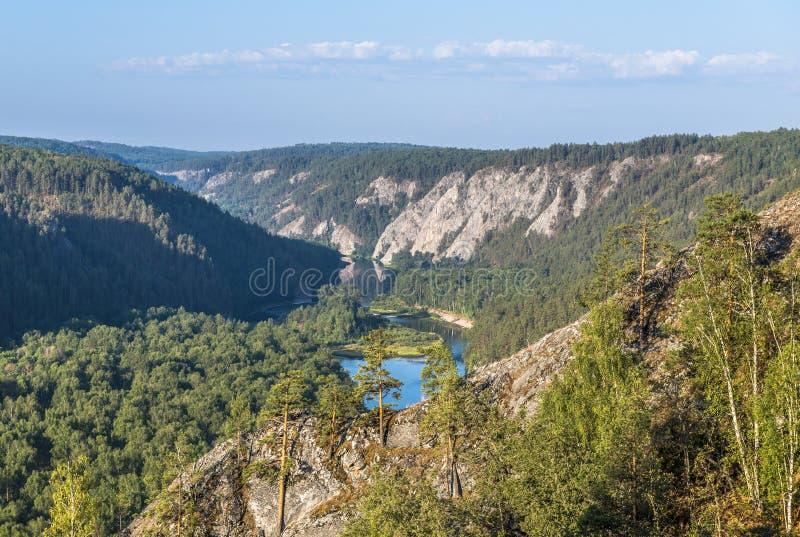 White River i de Ural bergen arkivbild