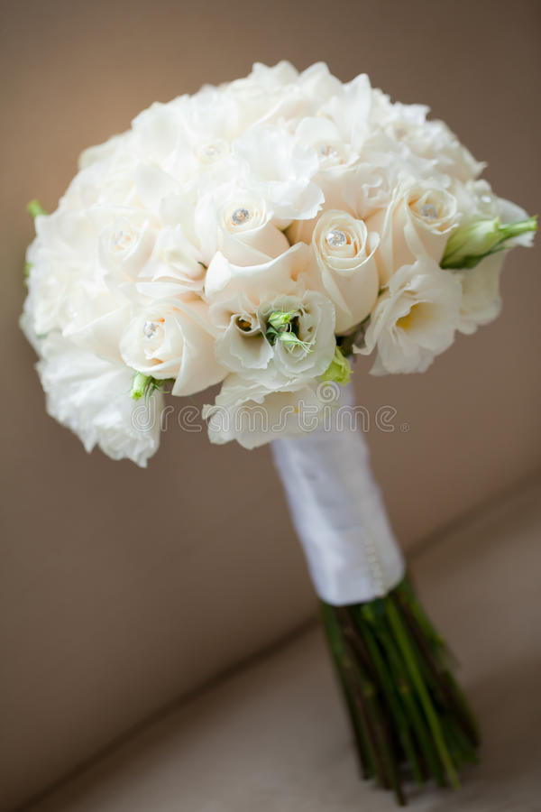 Download White Roses Wedding Bouquet Stock Image - Image: 28892249