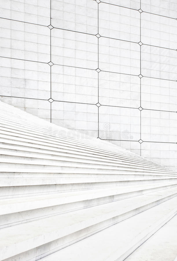 Free White Stair Steps And Wall Architecture Background Royalty Free Stock Photos - 28129728