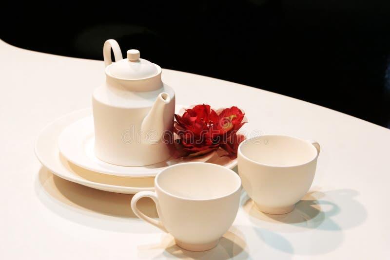 white teapot zdjęcie royalty free