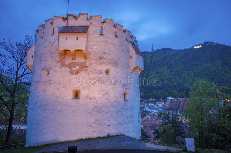 White Tower in Brasov at night royalty free stock photos