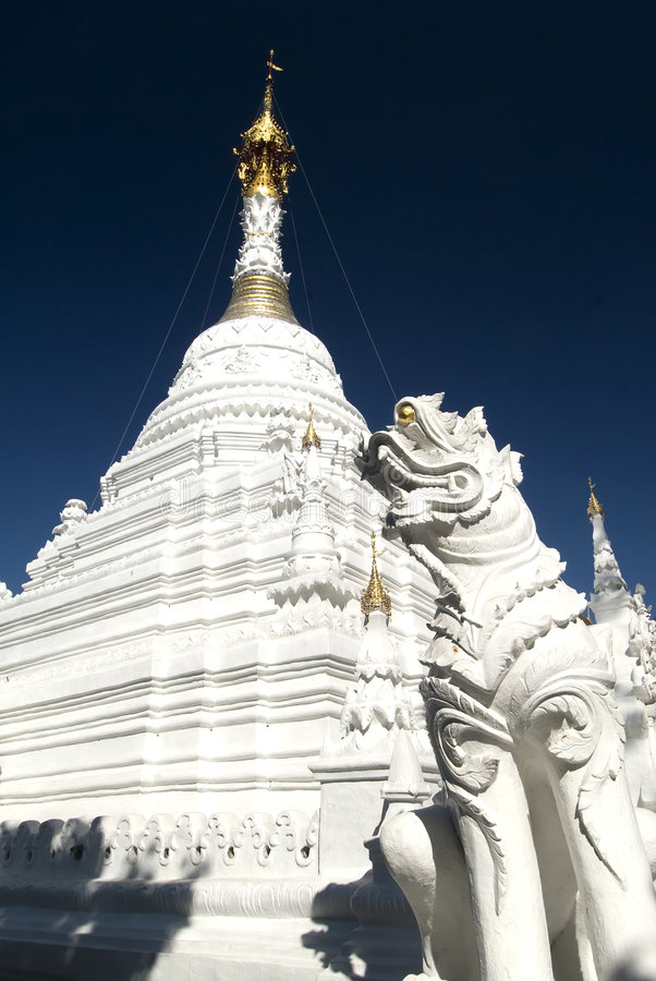 Download White Wat, Chiang Mai, Thailand Royalty Free Stock Photo - Image: 7660505