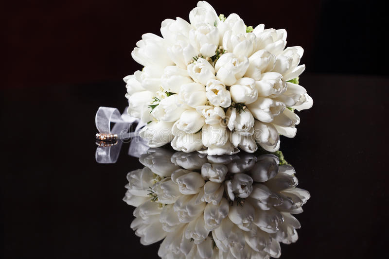 Download White wedding bouquet stock image. Image of background - 31848575