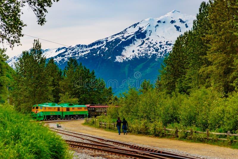 Whitepass - Yukon-Routespoorweg stock afbeeldingen