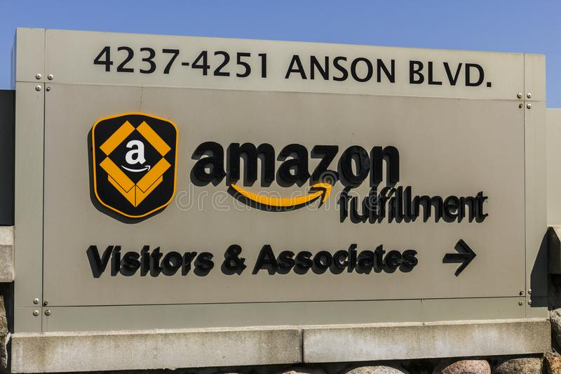 Whitestown - vers en septembre 2017 : Amazone centre de réalisation de COM Amazone est le plus grand détaillant basé sur Internet images stock