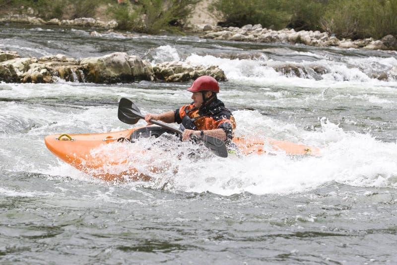 Whitewater che kayaking fotografia stock libera da diritti